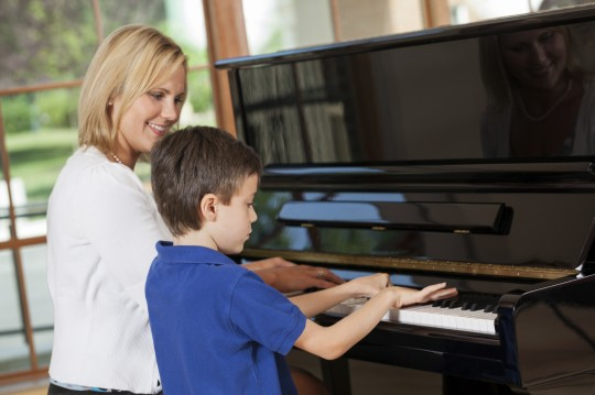 how many teens take piano lessons